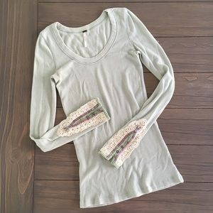 🔴 Free People Embroidered Sleeve Mint Thermal